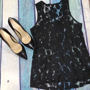 Black lace and flower sleeveless top